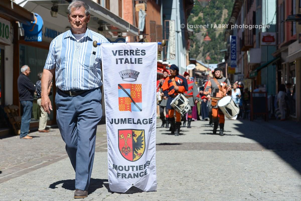 Photographe tourisme en Tarentaise : défilé du carnaval à Moûtiers