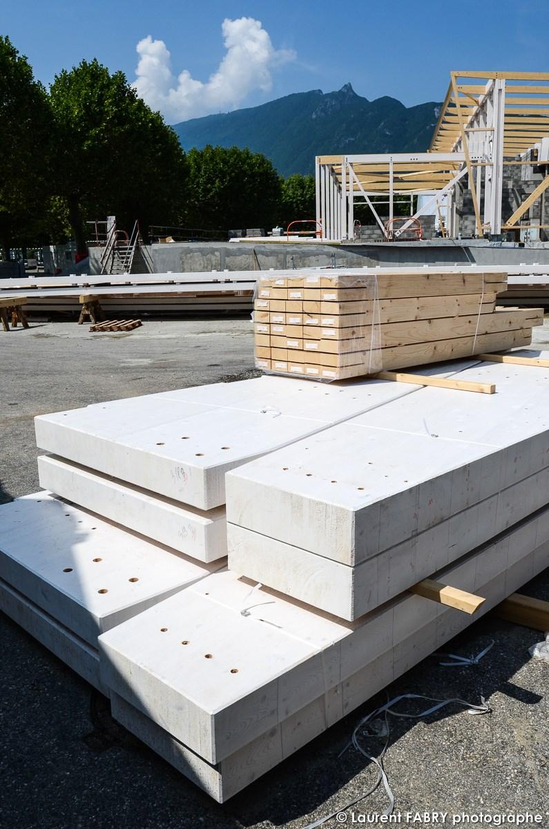 Photographe De Chantier à Aix-les-bains : Poutres Pour La Construction Ossature Bois