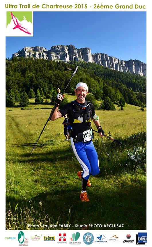 Photographe De Trail En Chartreuse : Un Coureur Du Trail Du Grand Duc De Chartreuse Sous Le Mont Outheran