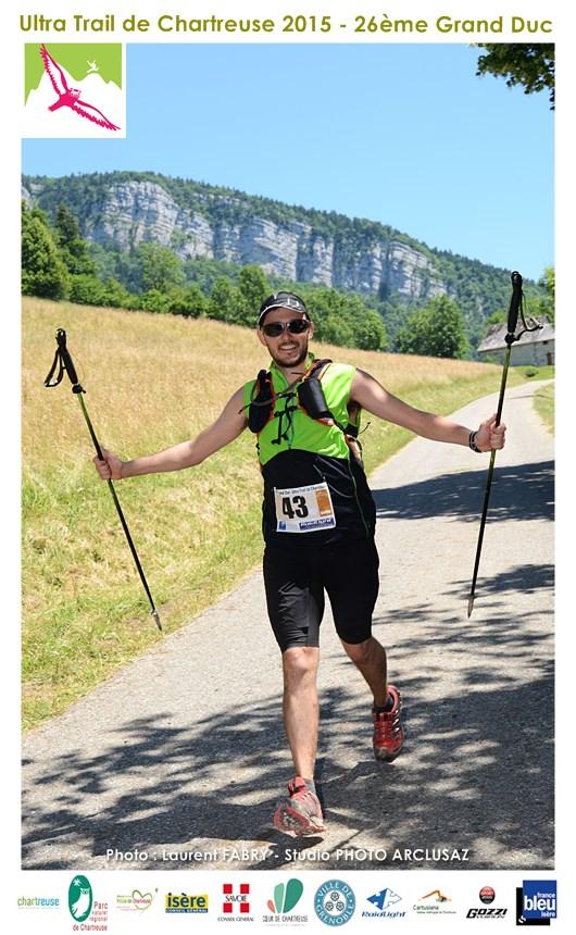 Photographe De Trail En Chartreuse : Un Coureur Du Trail Du Grand Duc De Chartreuse Au Niveau Du Chalet De Riondet