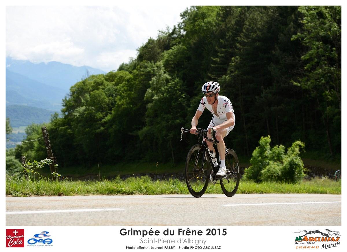 Photographe Cyclisme En Combe De Savoie : Le Leader De La Grimpée Du Frêne