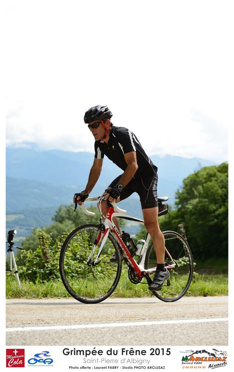 Photographe Cyclisme En Combe De Savoie : Pendant La Grimpée Du Frêne à Saint-Pierre D'Albigny