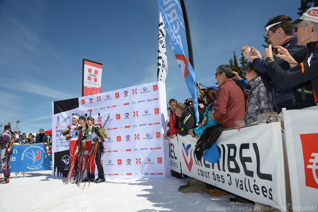Photographe Sports De Ski Nordique En Savoie : Un Poodium De Biathlon Lors Du Championnat De France à Méribel, Savoie