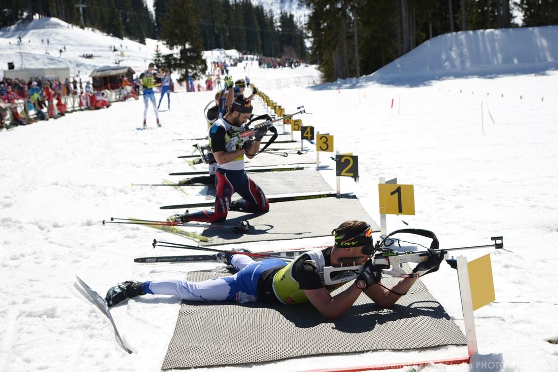 Photographe Sports De Ski Nordique En Savoie : Tir Effectué Couché Au Biathlon