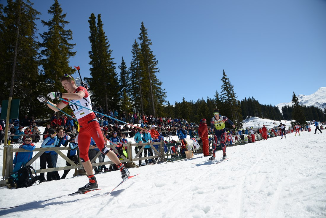 Photographe Sports De Ski Nordique En Savoie : Les Biathlètes Repartent Après Le Tir Lors Des Championnats De France à Méribel