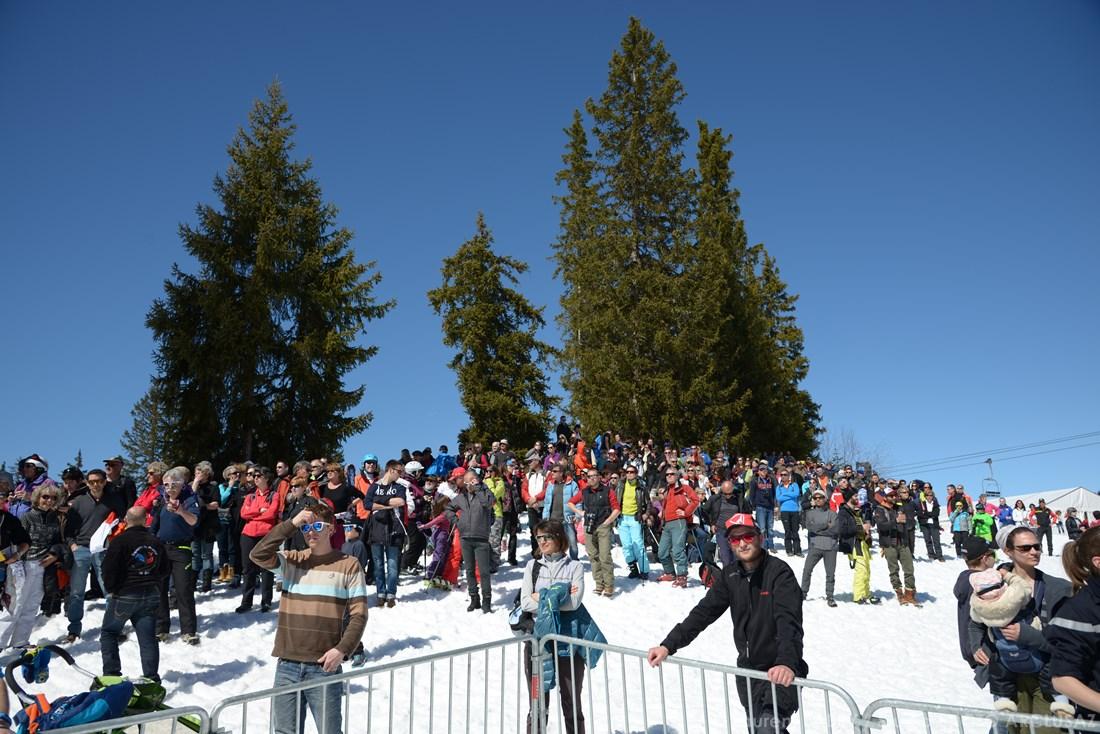 Photographe Sports De Ski Nordique En Savoie : Le Public Des Championnats De France De Ski De Fond à Méribel