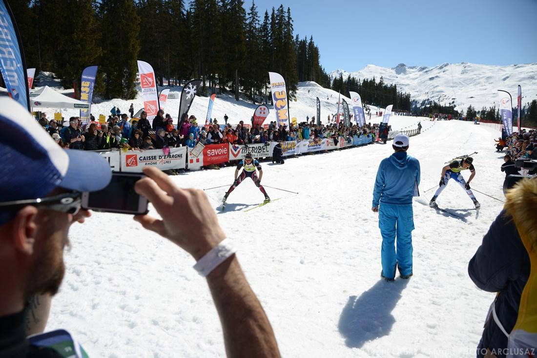 Photographe Sports De Ski Nordique En Savoie : Une Arrivée De Course De Ski Nordique à Méribel
