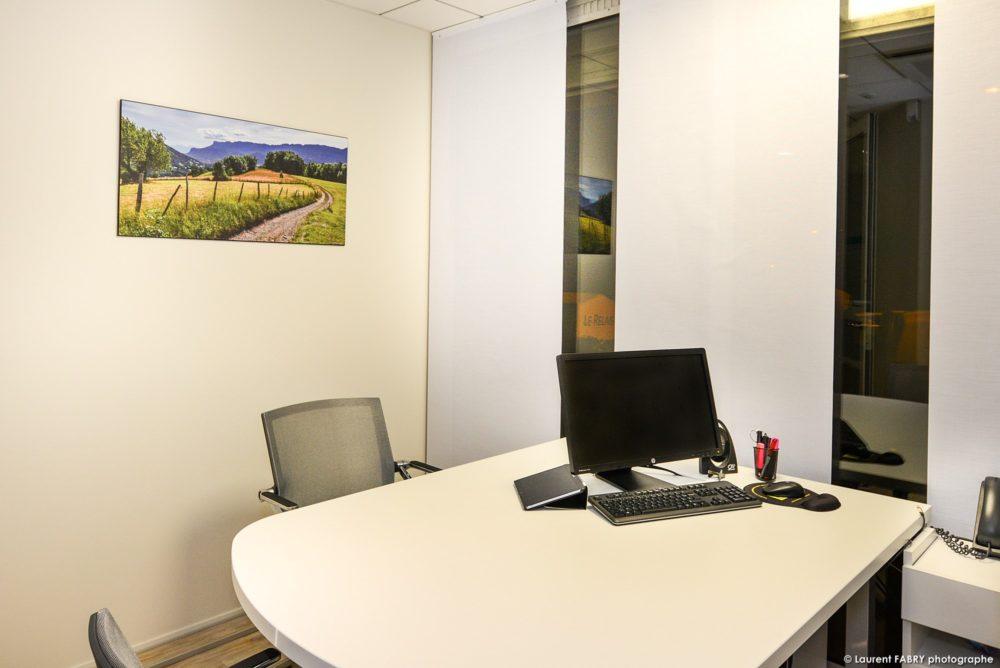 Décoration De Bureaux D'une Banque En Savoie Par Un Photographe Professionnel