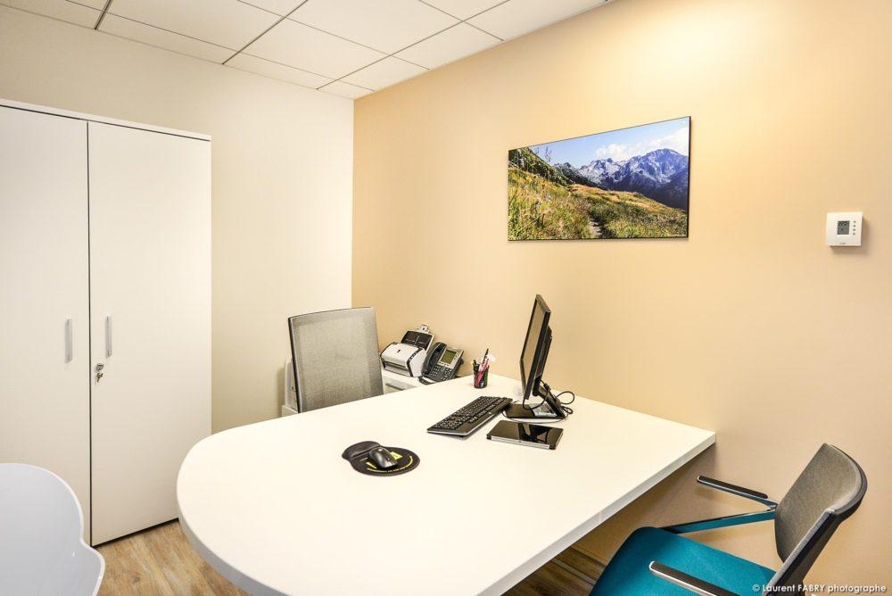 Décoration Des Bureaux D'une Agence Bancaire En Savoie (photographe Local)