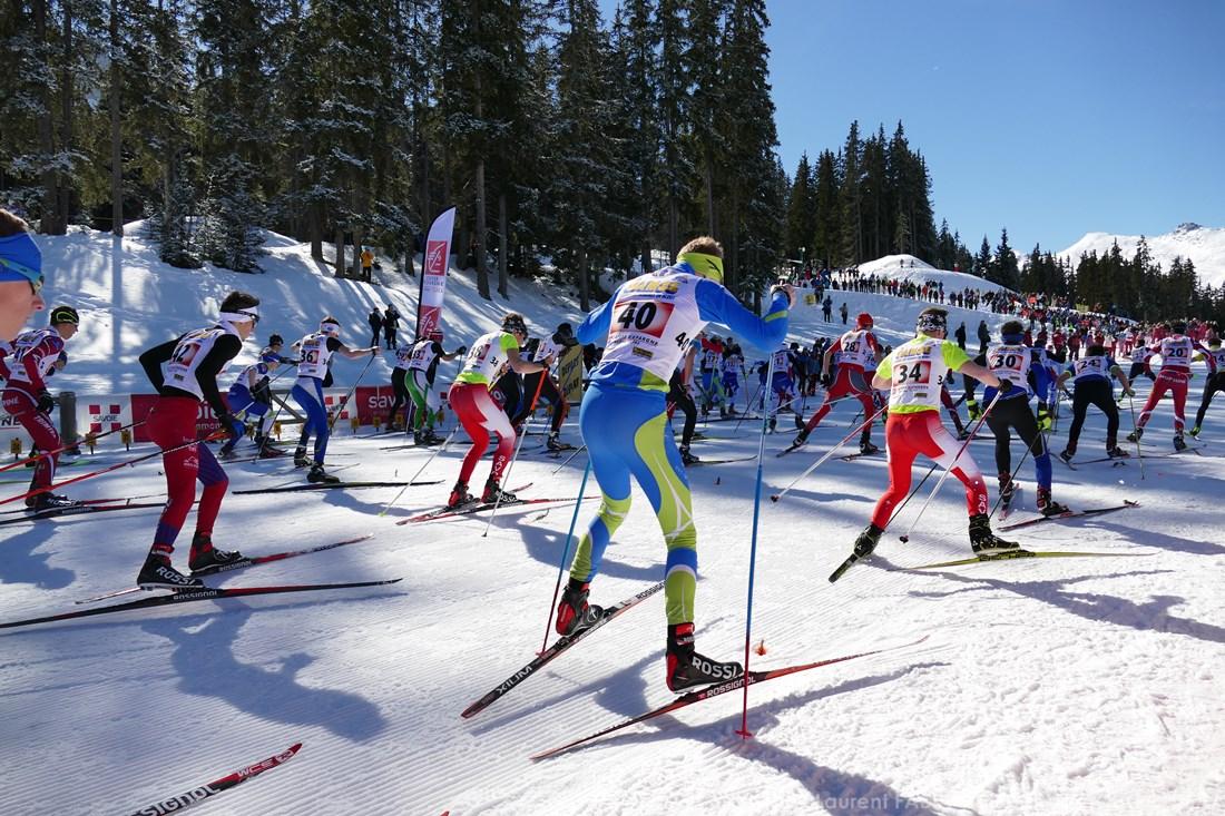 Photographe Sports De Ski Nordique En Savoie : Top Départ D'une Course De Ski Nordique