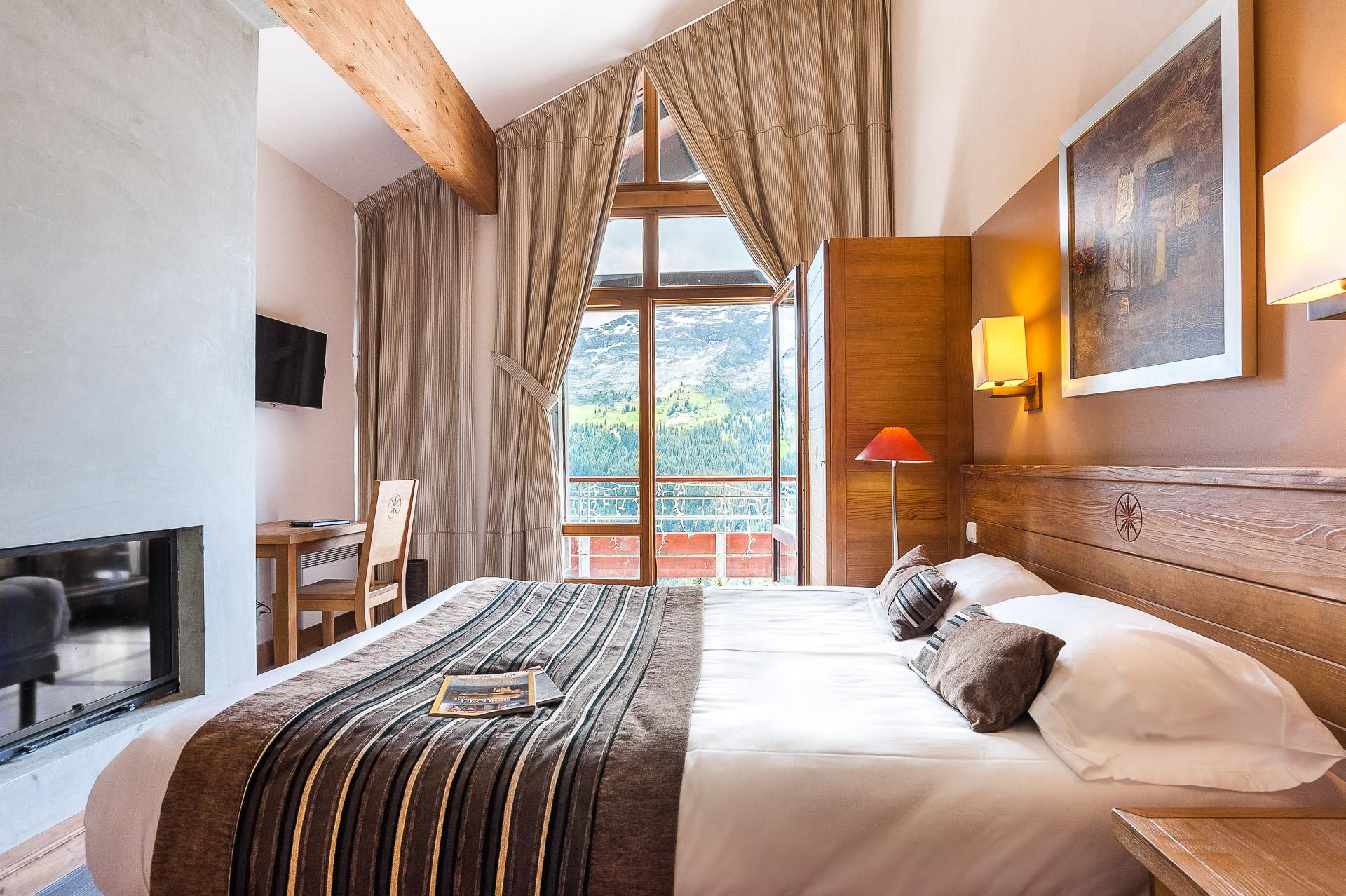 Photographie Par Un Photographe Professionnel Pour Le Tourisme En Haute Savoie : Chambre Avec Balcon