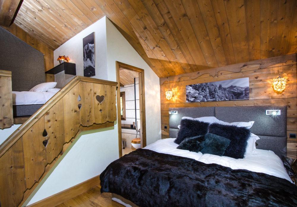Photographe Chalets De Montagne Dans Les 3 Vallées Une Chambre Double Avec Mezzanine