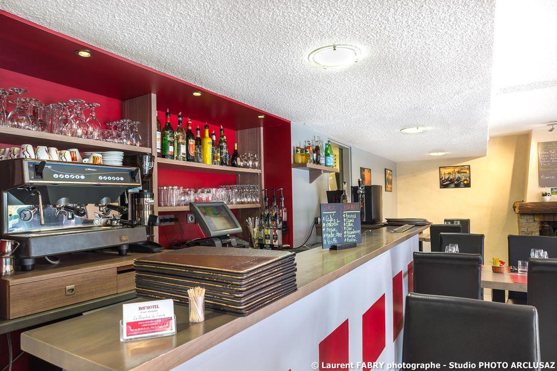 Photographe D'hôtel à Chambéry : Le Bar De L'hôtel Brit Hotel à Chambéry, Savoie