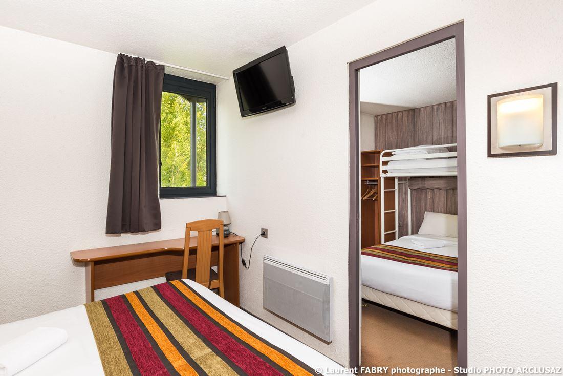 Photographe D'hôtel à Chambéry : Chambre Double De L'hôtel Brit Hotel à Chambéry, Savoie