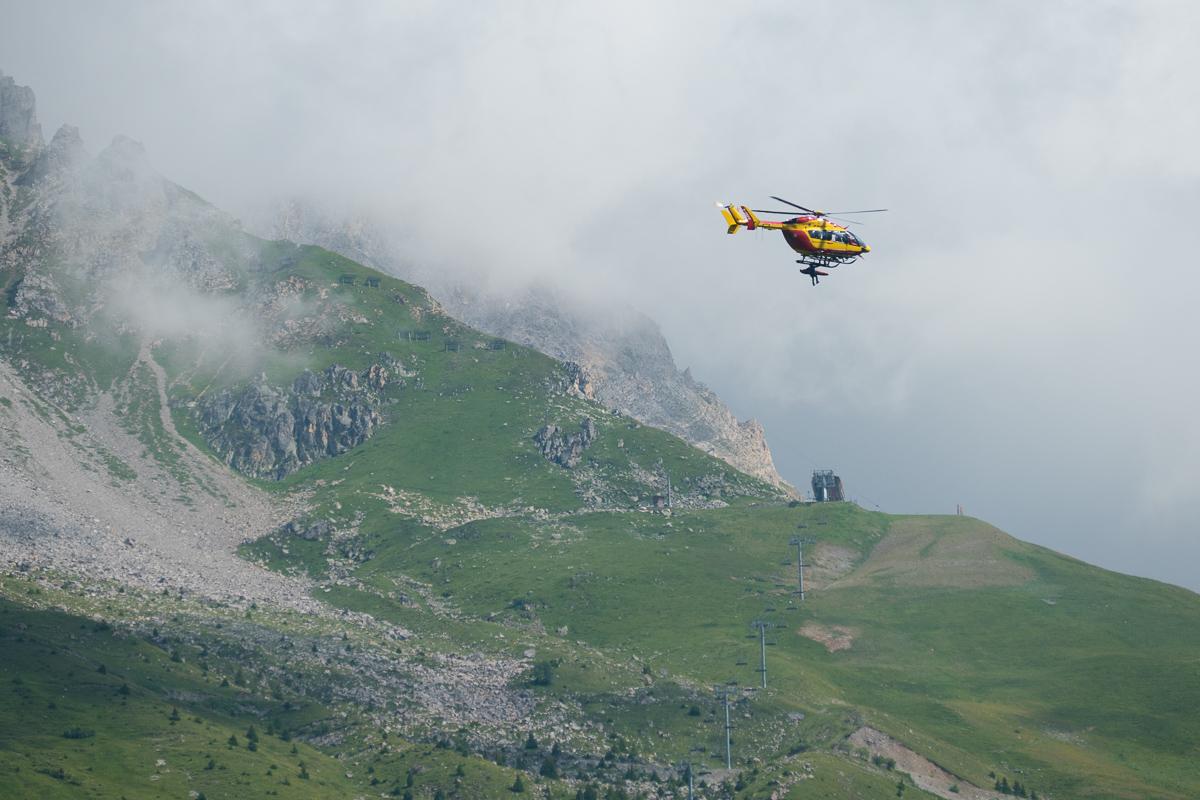 Photographe Tourisme Sur Un Meeting Aérien : Démonstration De Secours En Montagne Par Dragon 73, L'hélicoptère De La Sécurité Civile