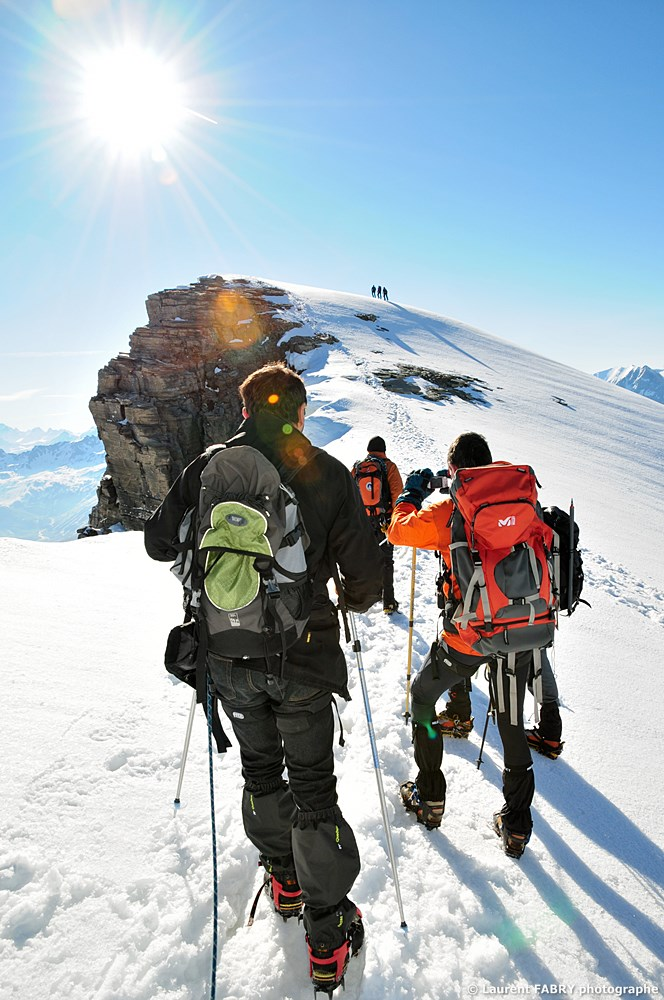 Photographe Outdoor Dans Les Alpes :sur La Crête De La Pointe De La Réchasse