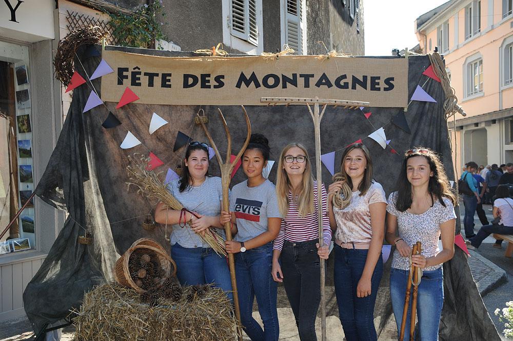Photographe événementiel Sur Une Fête Des Montagnes Dans Les Alpes : Studio Mobile