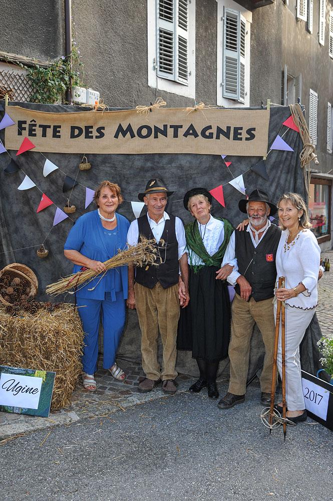 Photographe événementiel Sur Une Fête Des Montagnes Dans Les Alpes : Studio De Rue