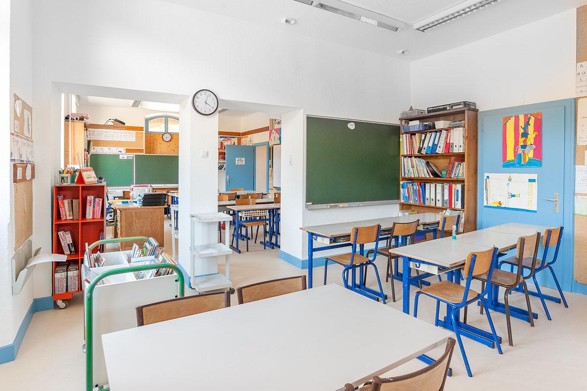 Photographe Architecture En Savoie Pour Une Collectivité : Salle De Classe Dans La Partie Historique Du Bâtiment