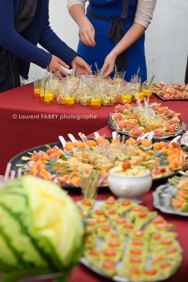 Photographe tourisme en Tarentaise : sculpture sur légumes, verines et buffet lors des rencontres à Moûtiers