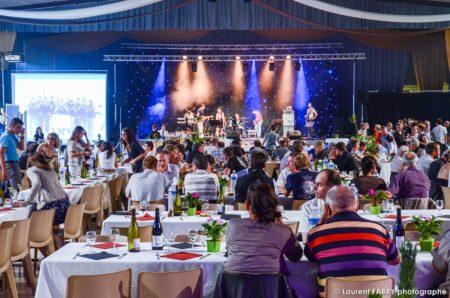 Photographe événementiel à Albertville : Dîner De Réception Dans La Salle De La Pierre Du Roy, à Albertville