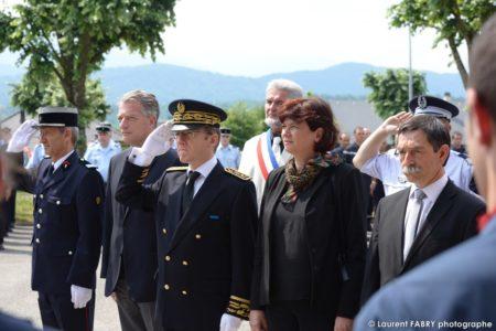 Le Préfet De La Savoie Et Plusieurs élus Du Département