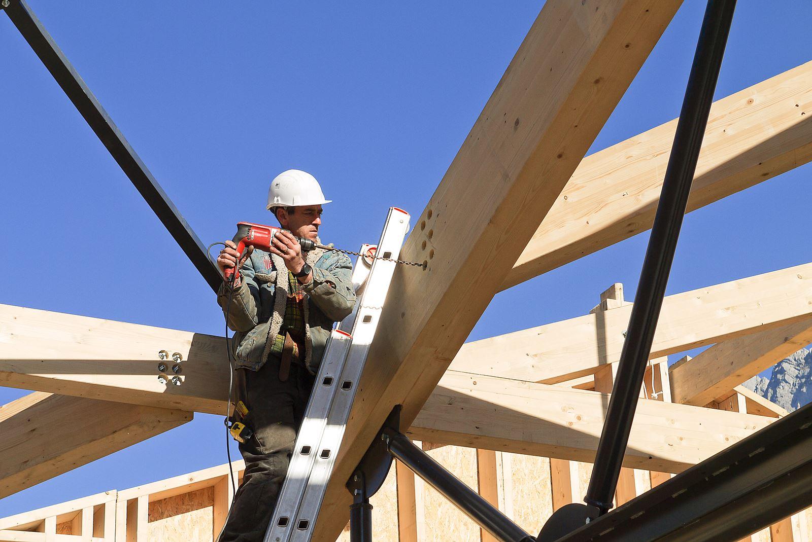 photographe suivi de chantier sur un projet communal de construction ossature bois en Savoie