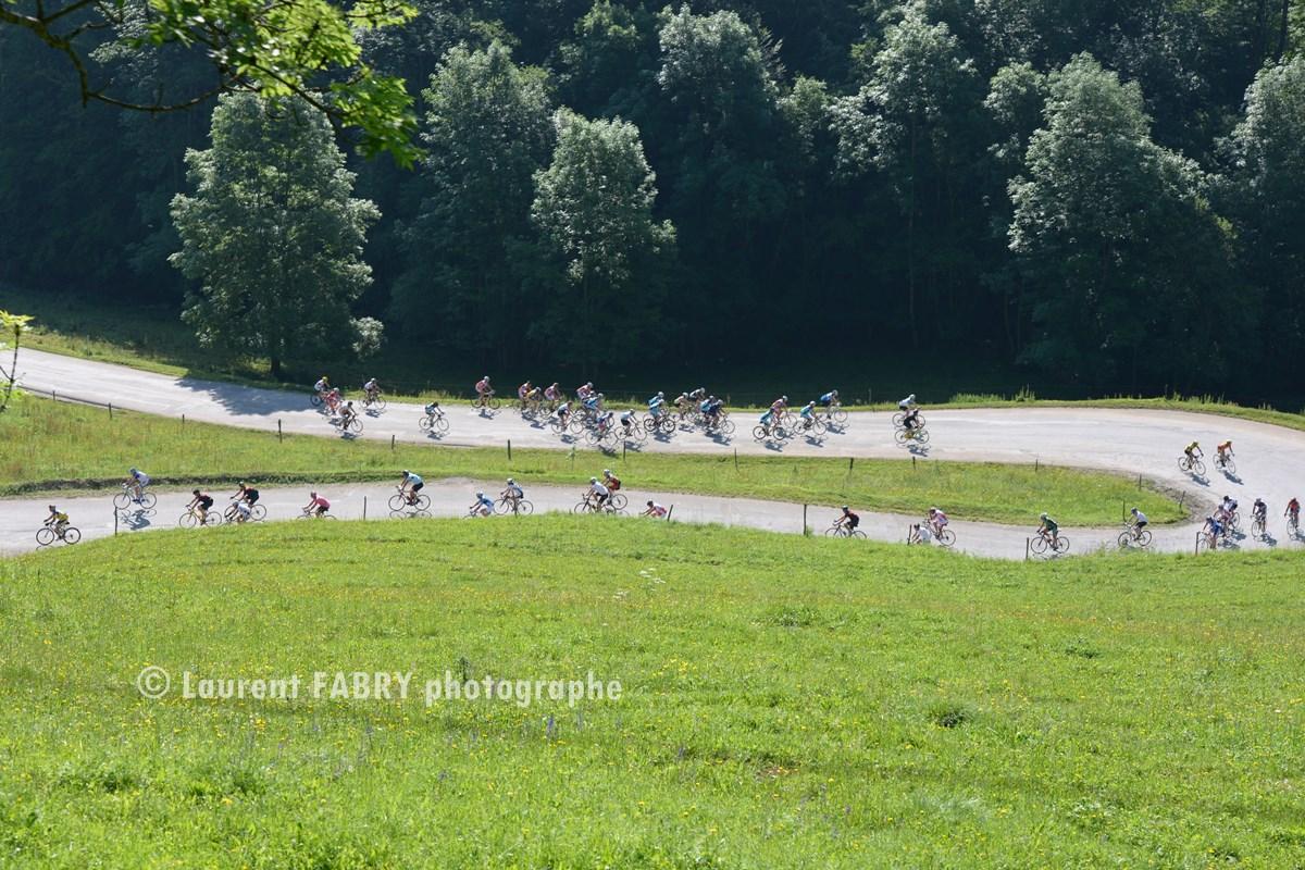Photographe Course Cycliste Dans Les Bauges