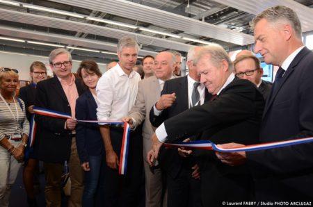 Photographe événementiel : Inauguration De La Foire De Savoie, Avec Le Futur Président De Région, Laurent Wauquiez, Bien En Vue Sur La Photo