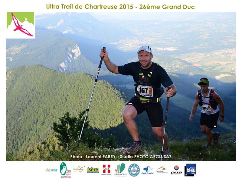 Photographe De Trail En Chartreuse : Premier Sommet De La Course Atteint Pour Ces Coureurs Du Grand Duc De Chartreuse