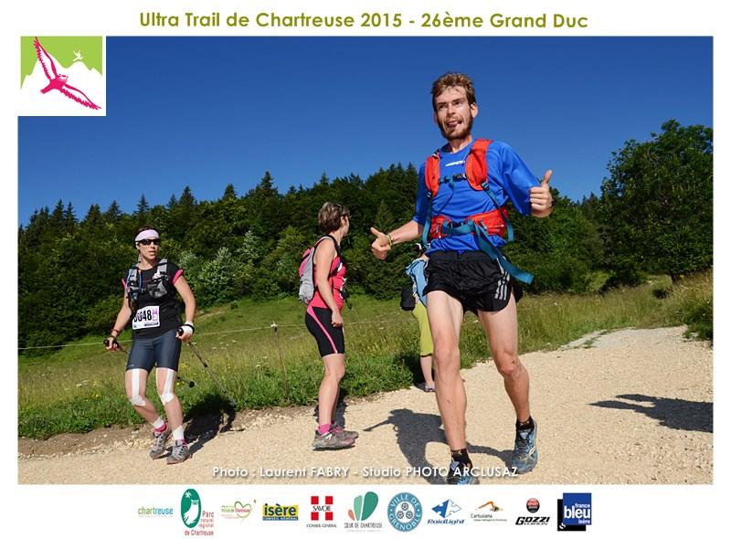 Photographe De Trail En Chartreuse : Un Coureur Du Trail Du Grand Duc De Chartreuse Au Niveau De La Bruyère