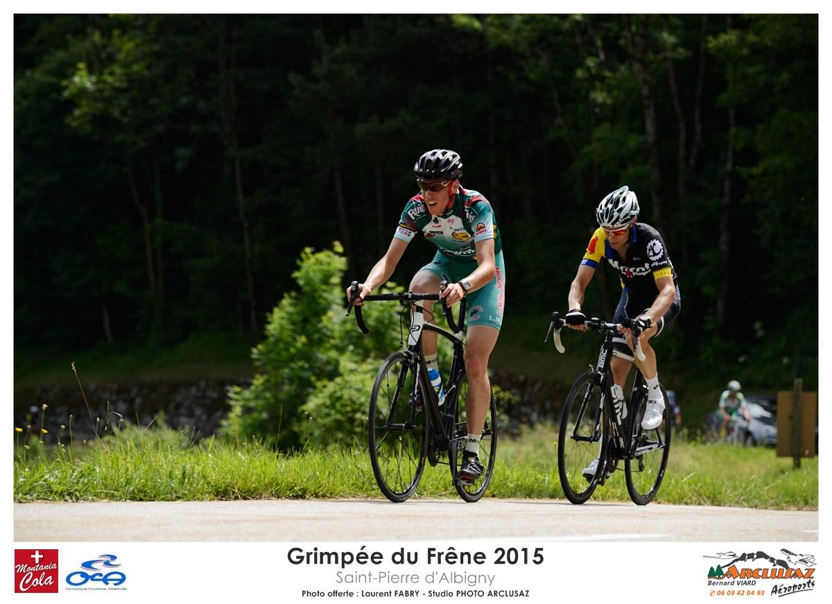 Photographe Cyclisme En Combe De Savoie : Les Coureurs Se Suivent à La Grimpée Du Frêne, Saint-Pierre D'Albigny, Combe De Savoie