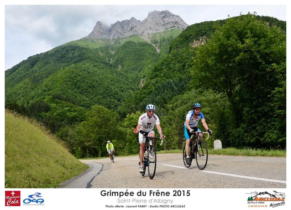 Photographe Cyclisme En Combe De Savoie : Les Coureurs De La Grimpée Du Frêne Redescendent Après La Course Cyclo Sous La Dent D'Arclusaz, Saint-Pierre D'Albigny