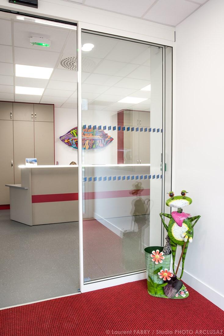 Photographe De Décoration Médicale Pour Un Cabinet Dentaire Près De Chambéry