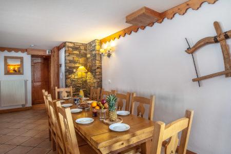 Salle à Manger Dans Un Appartement 10 Places De Station De Ski