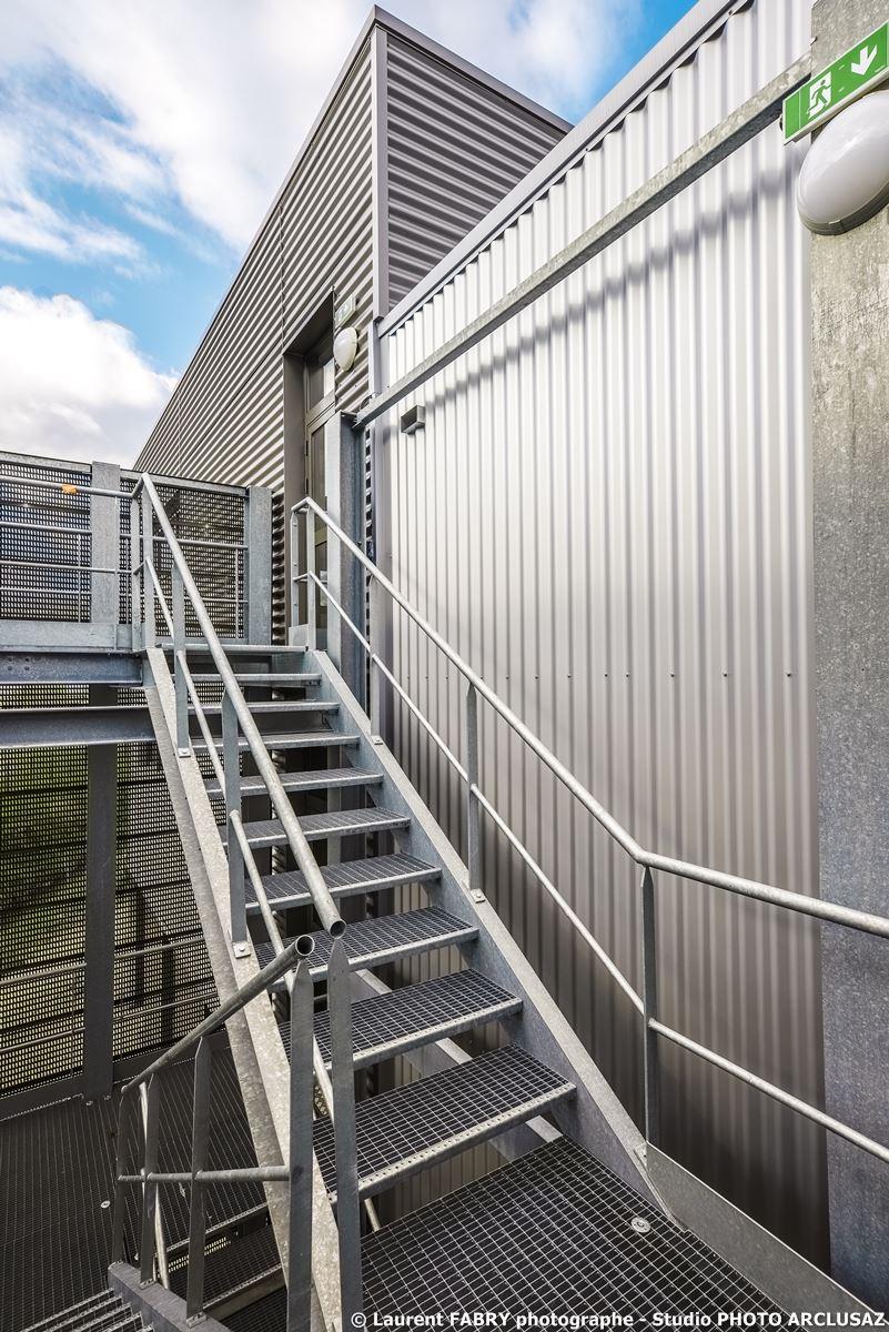 Photographe Architecture à Albertville : Escalier Extérieur Du CNSHN