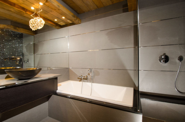 salle de bain luxueuse dans un chalet de montagne - Laurent FABRY ...