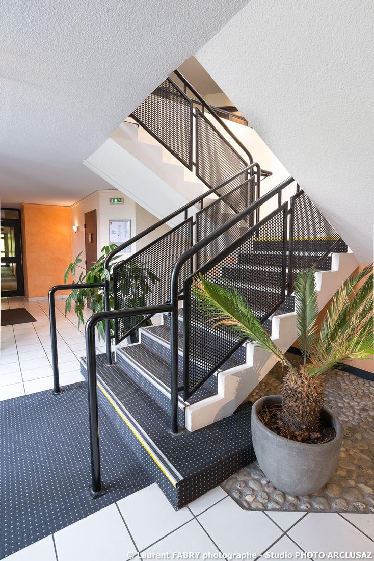 Photographe D'hôtel à Chambéry : Escalier De L'hôtel Brit Hotel à Chambéry Métropole, Savoie