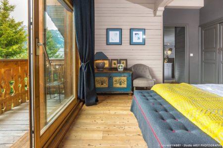 Photographe Chalets De Montagne à Méribel (3 Vallées) : Chambre Avec Balcon