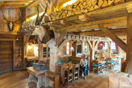 Photographe Hôtellerie à Megève : Restaurant La Taverne Du Mont D'Arbois, Exploité Par Le Groupe EDRH