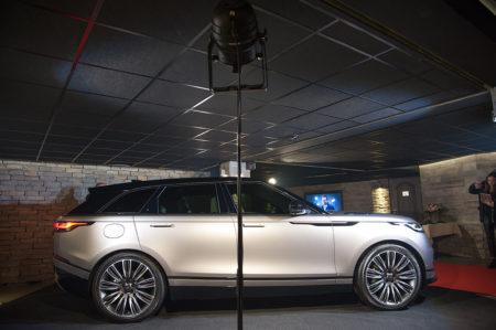 Photographe événementiel à Courchevel : La Range Rover Velar Va être Présentées à Quelques Happy Few