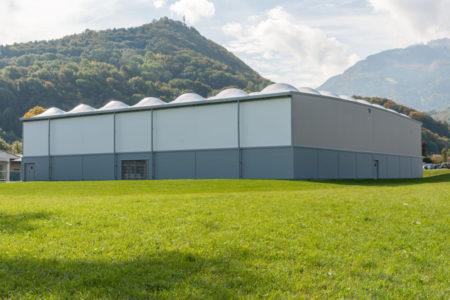 Photographe Architecture En Haute Savoie : Faverges (74) équipement Sportif De La Municipalité (double Terrain De Tennis Couvert, Chantier Réalisé Par La Societe SMC2)