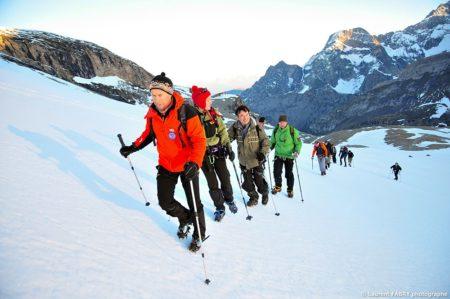 Photographe Outdoor Dans Les Alpes : Premiers Rayons De Soleil Sur La Vanoise