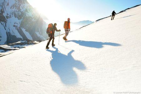 Photographe Outdoor Dans Les Alpes : Le Soleil Se Lève Sur La Grande Casse