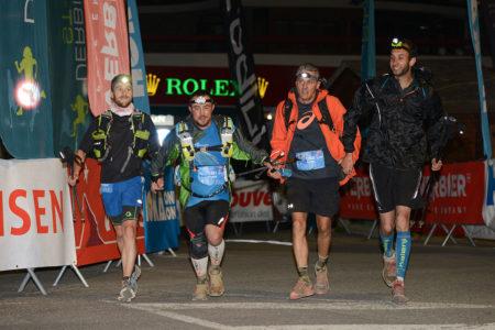 Photographe De Trail Running En Suisse : Arrivée De Nuit Pour Plusieurs Coureurs Du TVSB