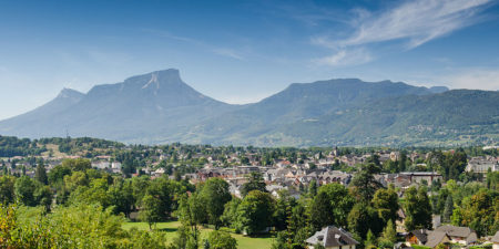Photographe En Décoration De Bureaux Dans Les Alpes : Le Granier Et Le Massif De La Chartreuse Depuis Challes-les-Eaux