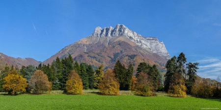 Photographe En Décoration De Bureaux Dans Les Alpes : Le Domaine De Menjoud Avant Sa Transformation