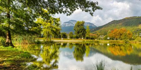 Photographe En Décoration De Bureaux Dans Les Alpes : étang à Challes-les-Eaux