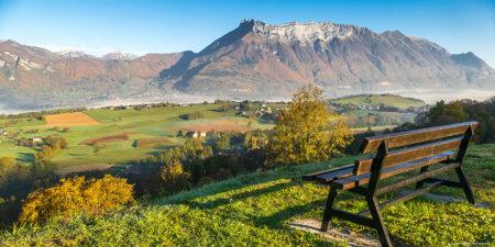 Photographe En Décoration De Bureaux Dans Les Alpes : Dernières Brumes Matinales Depuis Hauteville, Sur La Combe De Savoie