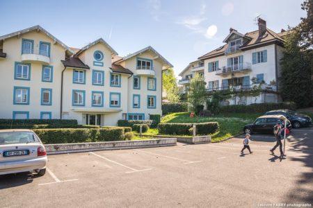 Photographe Immobilier Pour Un Appartement Près D'Annecy : Un Environnement Protégé